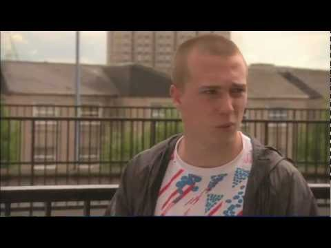 Gang Try To Bully Maxxie For Being Gay - Skins