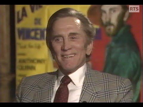 Kirk Douglas parle français / Kirk Douglas speaks French (1989)