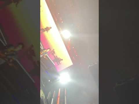 Pineapple Skies Miguel(live)