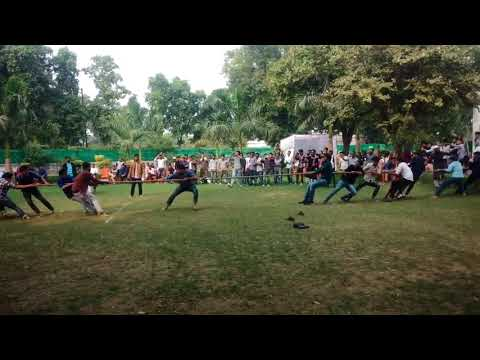 Tug of war (Fest Eurasia 2k17) Department of Foreign  languages (ALIGARH MUSLIM UNIVERSITY)