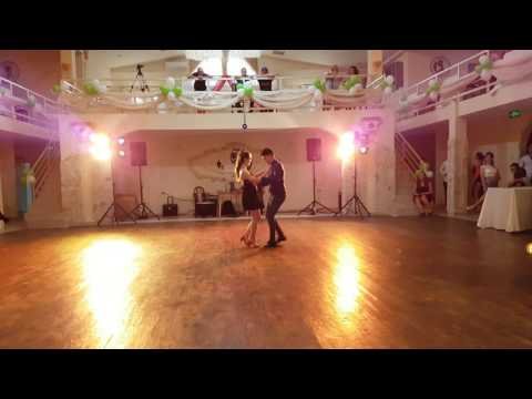 LATIN FEVER - salsa social dancing 2018 from YouTube · Duration:  4 minutes 5 seconds