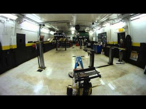 TIMELAPSE - How to clean a mechanic shop fast and efficiently