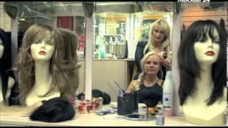 'Познавательный фильм': из чего делают парики и как наращивают ресницы