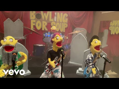 Bowling For Soup - Getting Old Sucks (But Everybody's Doing It) [Official Music Video]
