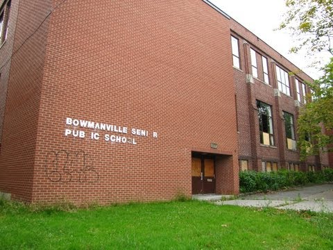Urbex: ABANDONED Public School