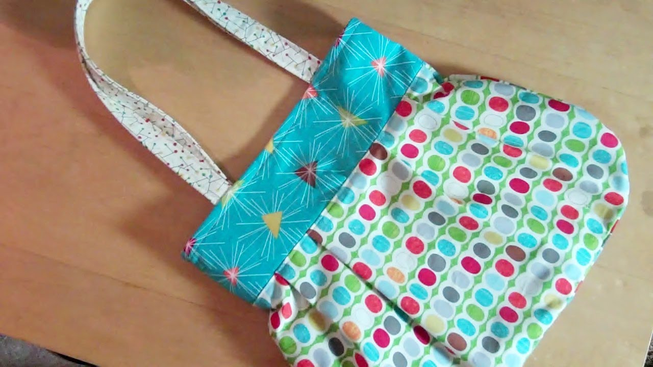 A Fun Reversible Handbag For You To Sew By Debbie Shore Youtube