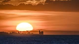 La Cattedrale di Trani vista da Giovinazzo al tramonto
