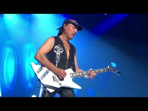 Scorpions   Tease Me, Please Me   live france  2018