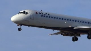 DC-9!! Delta Air Lines McDonnell Douglas DC-9 Landing & Takeoffs / Planespotting Chicago O