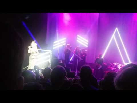 Anastacia - You'll never be alone - live 20 / 04 / Utrecht Tivoli Netherlands