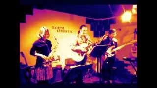 福岡お友達でマーシャル青山バンドです。山口の西京アコースティックで...