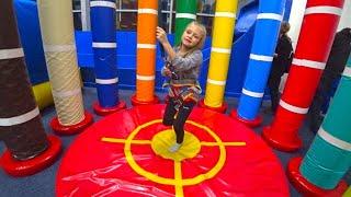 ВЛОГ на Скалодроме Ярослава - Альпинист взяла МАКСИМАЛЬНУЮ высоту! Indoor Playground