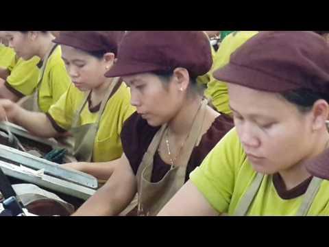 Produksi Pabrik Rokok