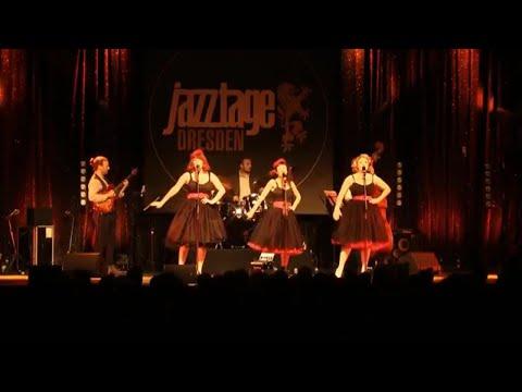 Bei Mir Bist Du Schön - The Puppini Sisters (1940s close-harmony) LIVE