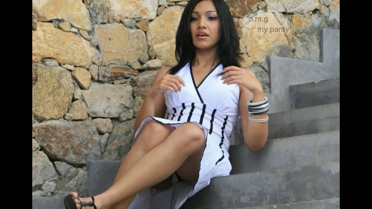 nehara peris hot upskirt and panty exposed ooops moment
