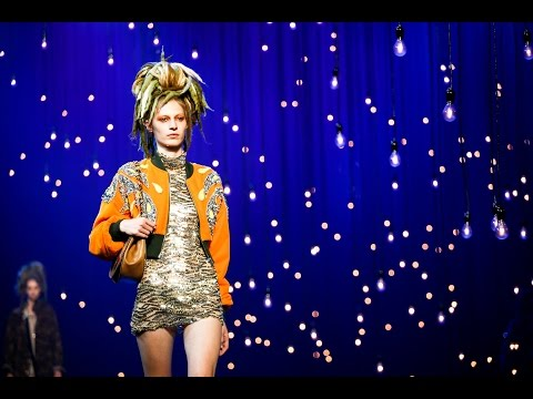 Marc Jacobs | Spring Summer 2017 Full Fashion Show | Exclusive