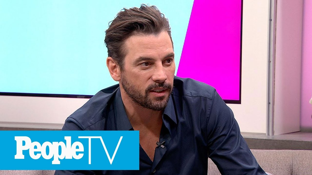 Skeet Ulrich On What's Next For 'Riverdale' & Says He Idolizes Mark  Consuelos' Marriage