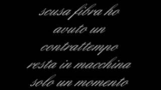 Fabri Fibra ft. Vacca- Non Piove (Con testo)