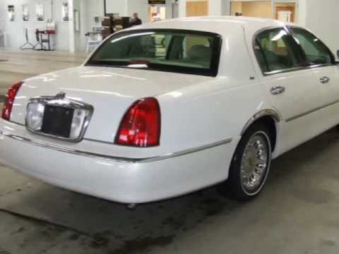 2000 Lincoln Town Car Youtube