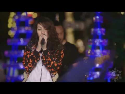 "Alessia Cara sings 'How Far I'll Go' (FROM ""Moana"") live in Disney Holiday Celebration 2016"