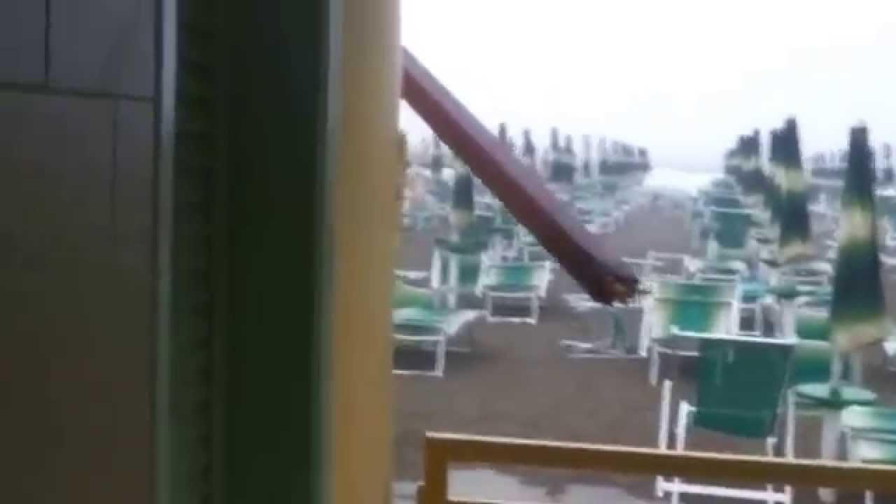 tromba d 39 aria marina di carrara bagno unione 10 08 2015