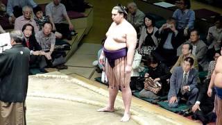 平成23年5月22日、技量審査場所(千秋楽)の三賞受賞式の模様です。 敢...