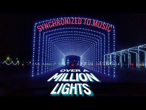 Christmas lights to music. Mobile, AL(2)
