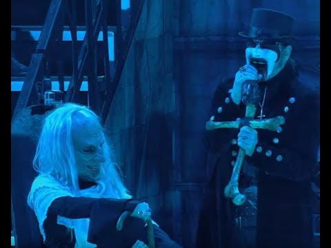 "King Diamond released live video of ""Welcome Home"" off DVD ""Songs For The Dead Live""!"
