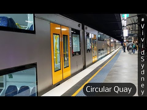 Sydney Trains Vlog 1398: Circular Quay During Vivid 2017