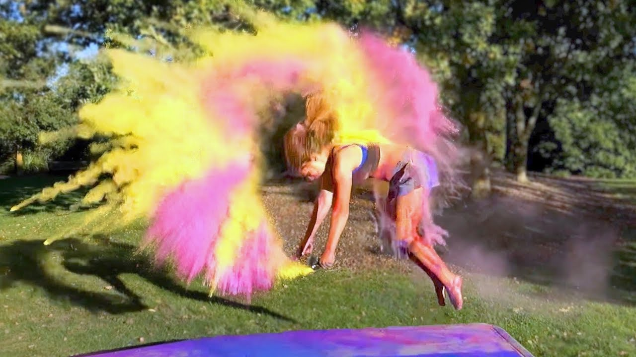 gymnastics-with-holi-powder-2
