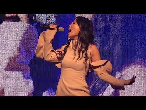 Dami Im wows the crowd with Sound of Silence (LIVE) - Incheon Concert