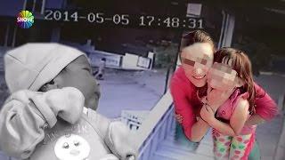 Video Annesi poşete koydu, ablası sokağa attı! download MP3, 3GP, MP4, WEBM, AVI, FLV Maret 2018