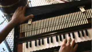 How to play Harmonium - Kabhi Alvida Na Kehna title song - Learn Harmonium 8