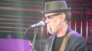 Francesco De Gregori live ai Wind Music Awards 2011-BAMBINI VENITE PARVULOS