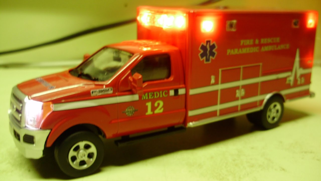 Custom  Scale Ford F  Ambulancecast Model With Working Lights