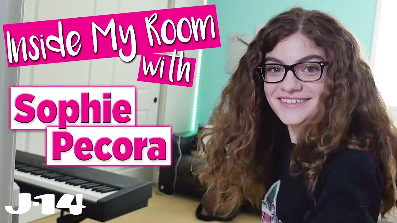 America's Got Talent's Sophie Pecora Shows Off Her Bedroom | Inside My Room