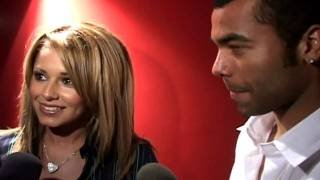 Cheryl Cole shuns hospital food for mum's grub