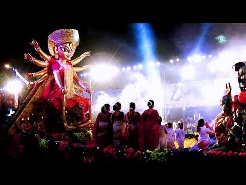 Best of Durga Puja 2017 Procession Carnival at Red Road Kolkata