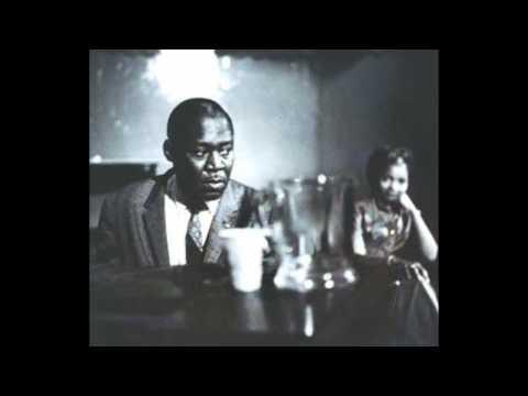 Robert Nighthawk   Annie Lee & Sweet Black Angel