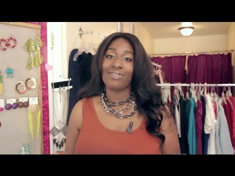 How to Own a Clothing Boutique & Purchase Clothing : Fashion Advice for All Body Types