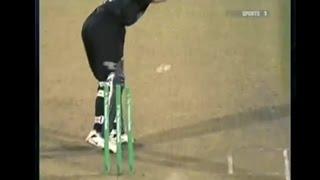 Shoaib Akhtar slowest shortest run-up = freak wicket!!!!!