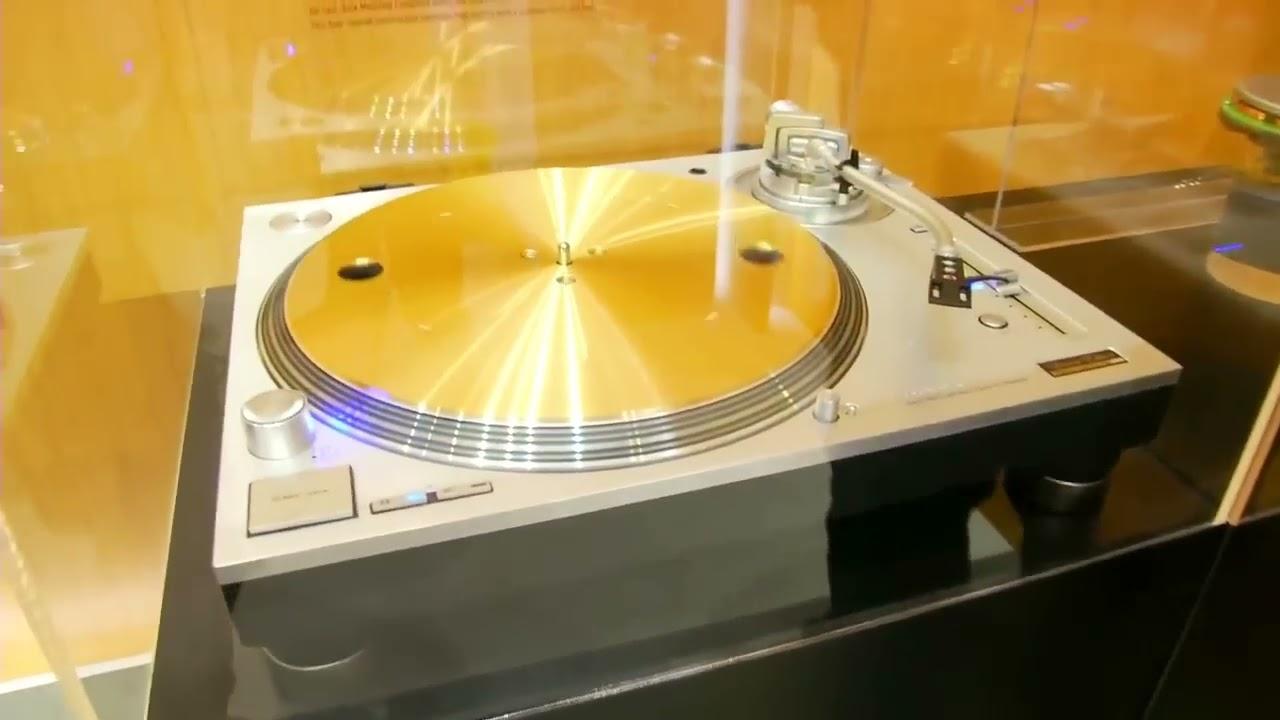 Technics SL1200GAE CES2016 MK7