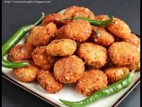Masalavada With Chole Chickpeas Fritters
