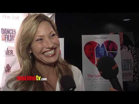 Joey Lauren Adams Interview at
