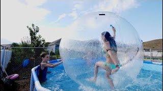 孩子乐趣夏季泳池派对结束!家庭乐趣与后院池和巨大的浮动和百合垫!  EP 14