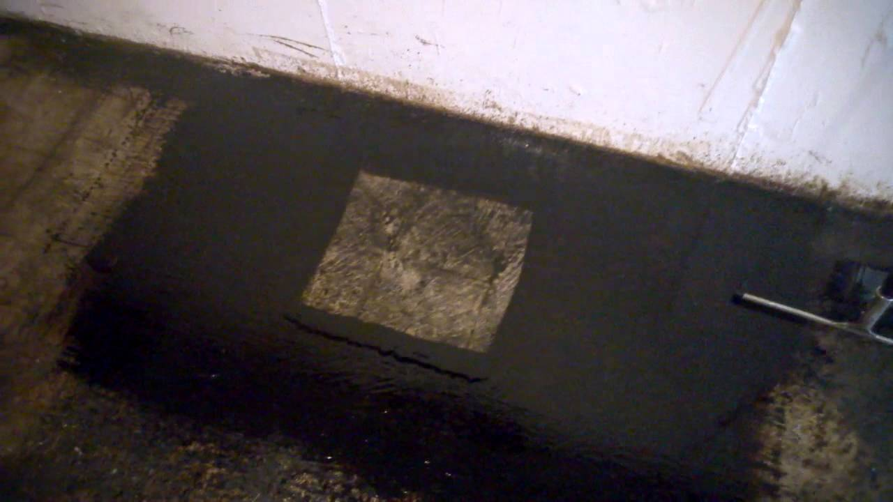 removing black mastic tile glue with