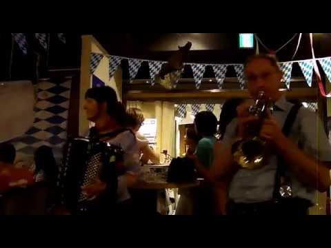 German Beer Hall München/Yokohama Music Performance Bayern III Band