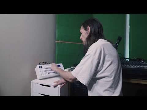 DMX Krew - Opal Rhythm Computor tutorial (Drum machine & sampler) - Gear Guide