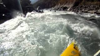 GoPro Kayak Bhote Kosi Borderland - Dam.avi