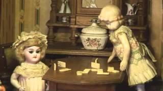 Había una vez... Muñecas antiguas 1870 -- 1940. Clip casa de muñecas